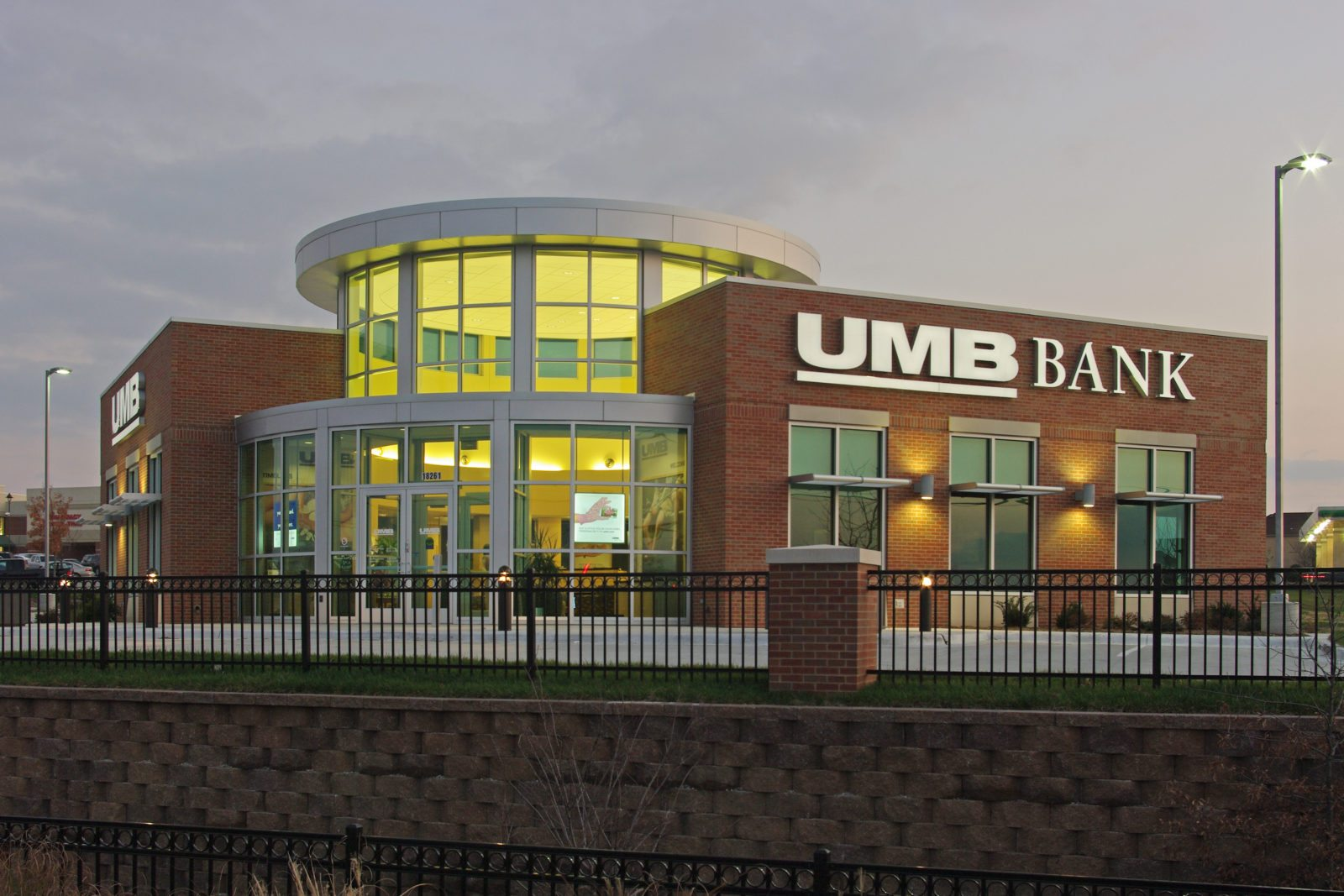 UMB Bank - Olathe, KS